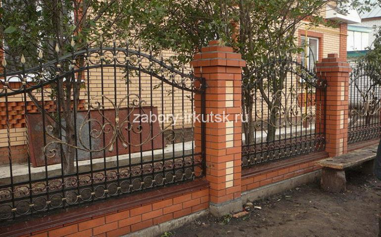 строительство заборов с ковкой в Иркутске